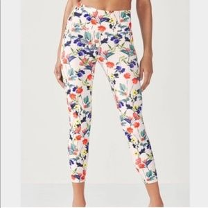 FABLETICS FLORAL HIGH-WAISTED LEGGINGS!